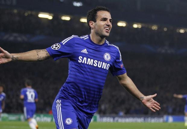Fabregas chân chuyền thực thụ của Chelsea