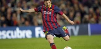 Messi xô đổ hàng loạt kỉ lục