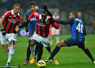 Milan hòa 1-1 Inter