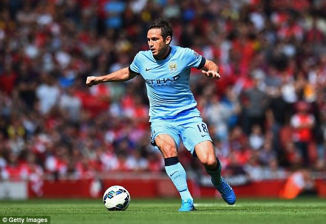 Lampard sẽ tiếp tục chơi cho Man City đến hết mừa giải