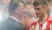 Muller đang muốn tới Anh thi đấu