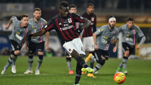 Alessandria 0-1 AC Milan Balotelli bất ngờ tỏa sáng