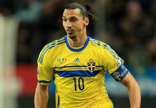 Ibrahimovic chỉ còn thiếu danh hiệu Champions League để sự nghiệp thêm vẻ vang. Ảnh: Reuters
