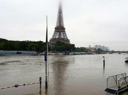 Lich thi dau Euro 2016 - Các sân ở Pháp nguy cơ ngập nước