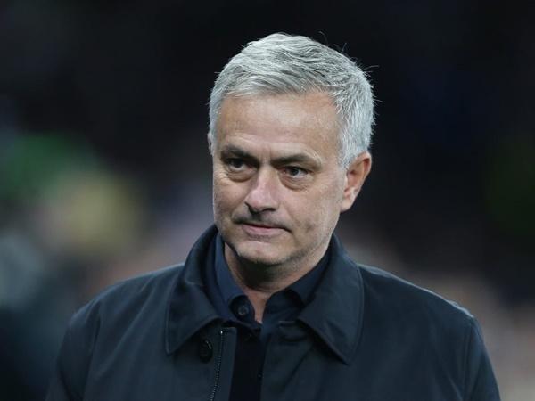 Mourinho chuẩn bị cho cuộc cách mạng chưa từng có ở Tottenham