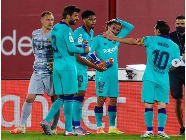 Messi vẫn chưa hài lòng với đồng đội