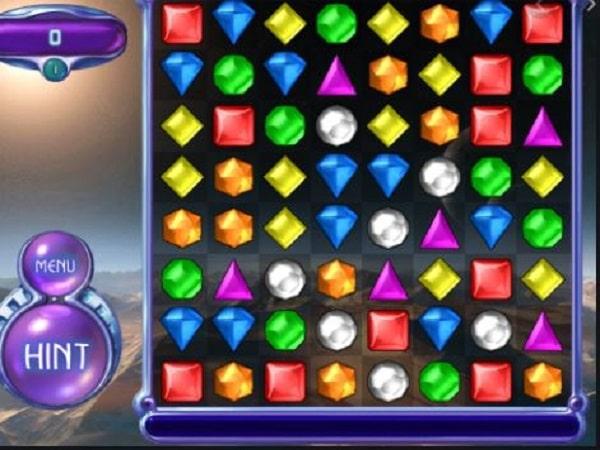 Bejeweled Classic là game kim cương trên điện thoại hay
