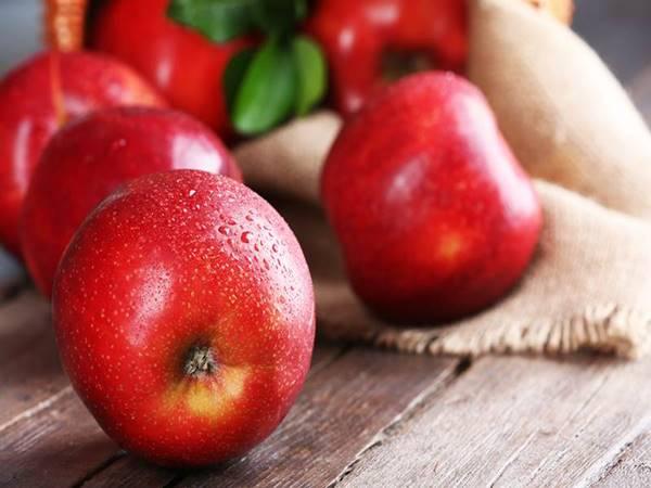 Nằm mơ thấy quả táo đánh con gì ăn chắc, có điềm báo gì